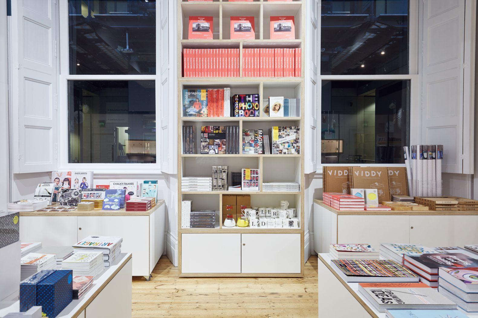 Manchester Art Gallery Shop Bespoke Fittings