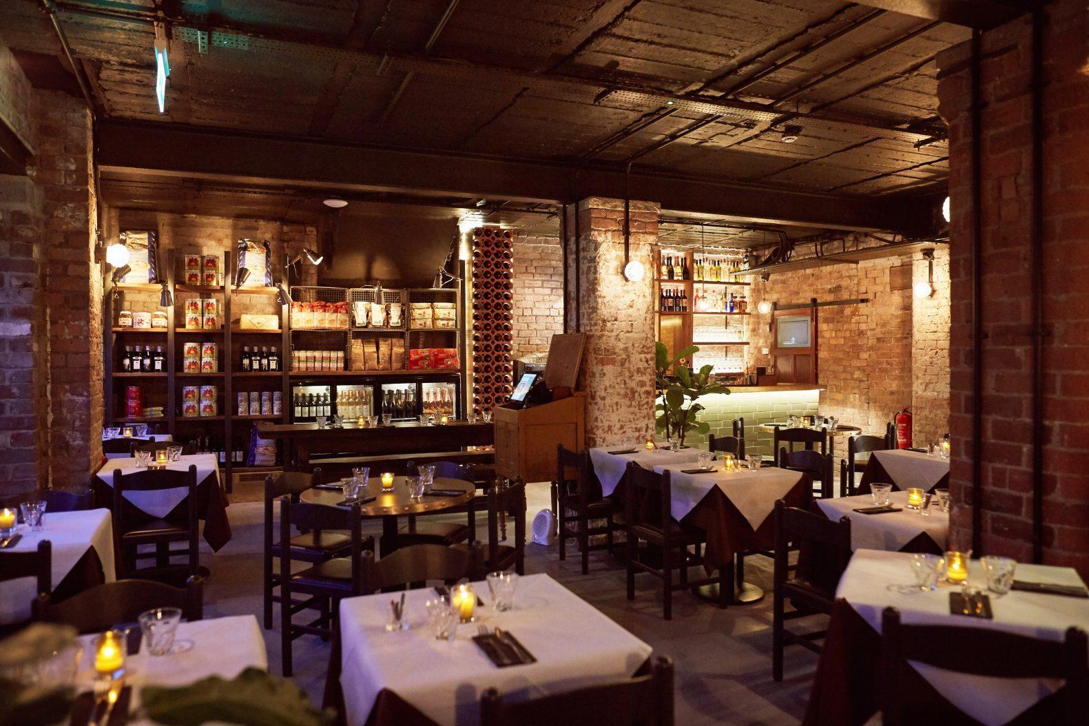 Tre Ciccio Restaurant Interior